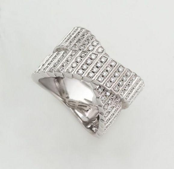 Salvini white gold ring with diamonds