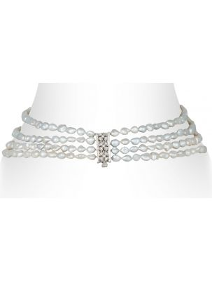 Damiani necklace with white pearls and diamonds