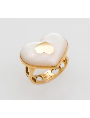 Nanis yellow gold ring with mother of pearl
