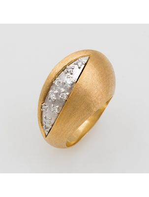 Nanis white and yellow gold ring with diamonds