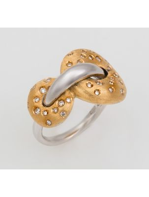 Nanis yellow and white gold ring with white diamonds