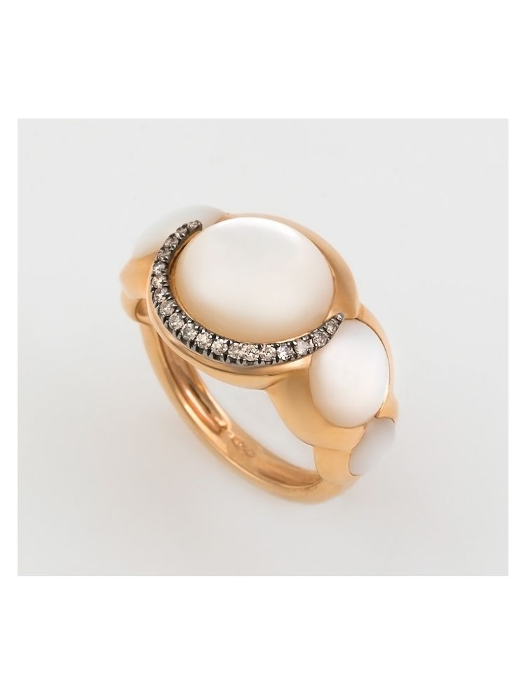 Talento Italiano pink gold ring with brown diamonds and mother of pearl