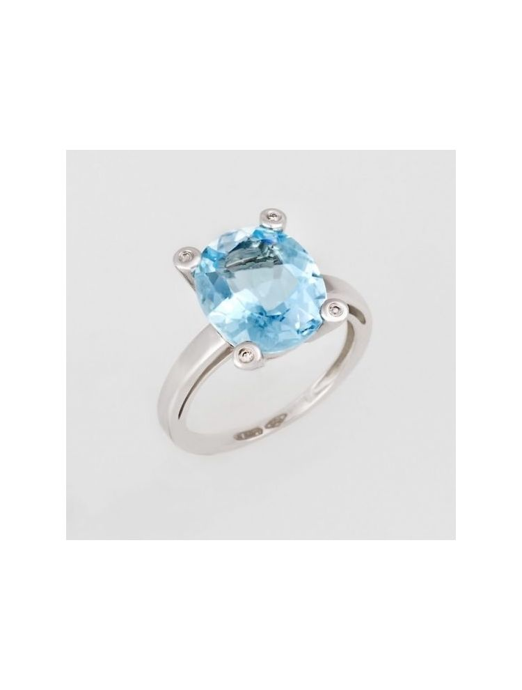 Bliss white gold ring with diamonds and blue topaz