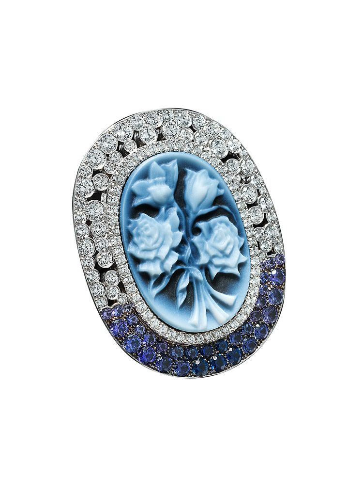 Palmiero white gold brooch with diamonds sapphire and agate